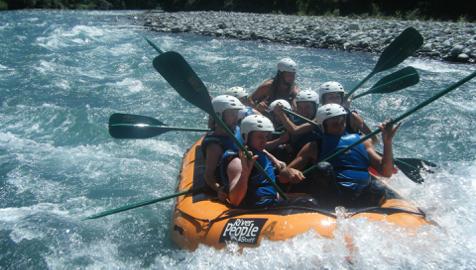 Tom Rafting